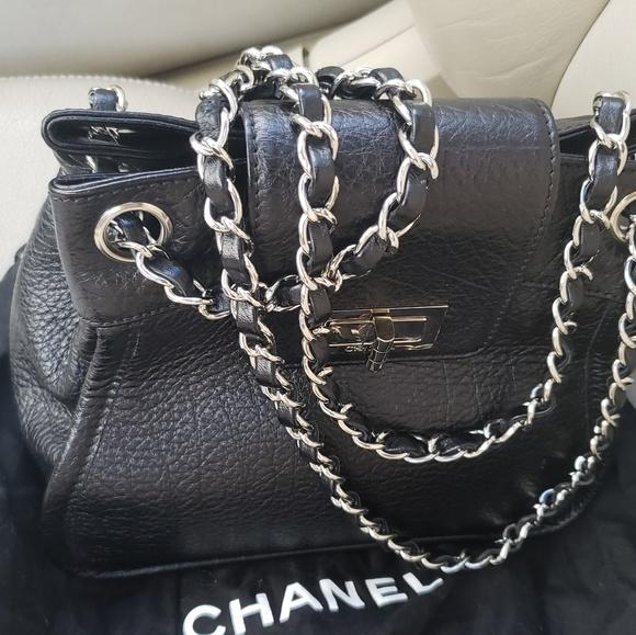 e0ddc01ea27 CHANEL Bags   Womens Mademoiselle Accordion Flap   Poshmark